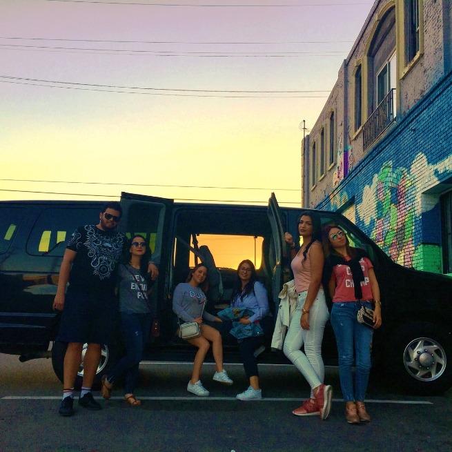 students-of-lUTC-visit-Art-District-of-Los Angeles-in-California